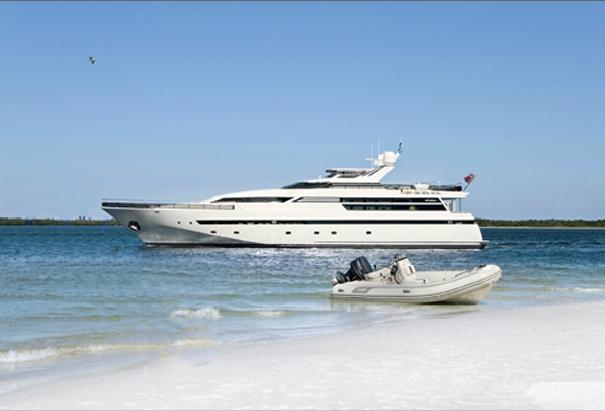 105′ Yacht